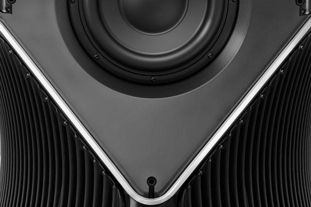 Estos extravagantes altavoces BeoLab 90 de Bang & Olufsen cuestan más que un BMW