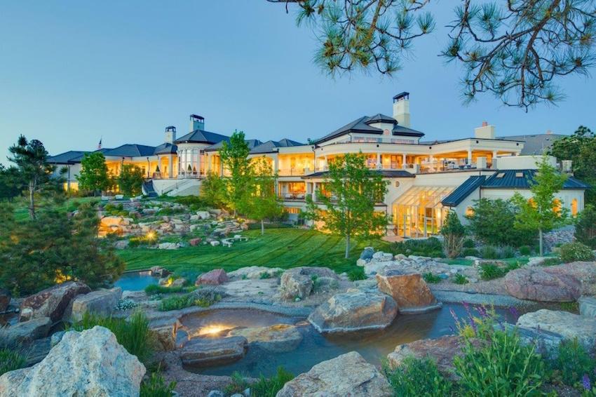 Serenity Ridge: Esta enorme mega mansión de 3.994 metros cuadrados en Colorado, sigue a la venta por $18,3 millones