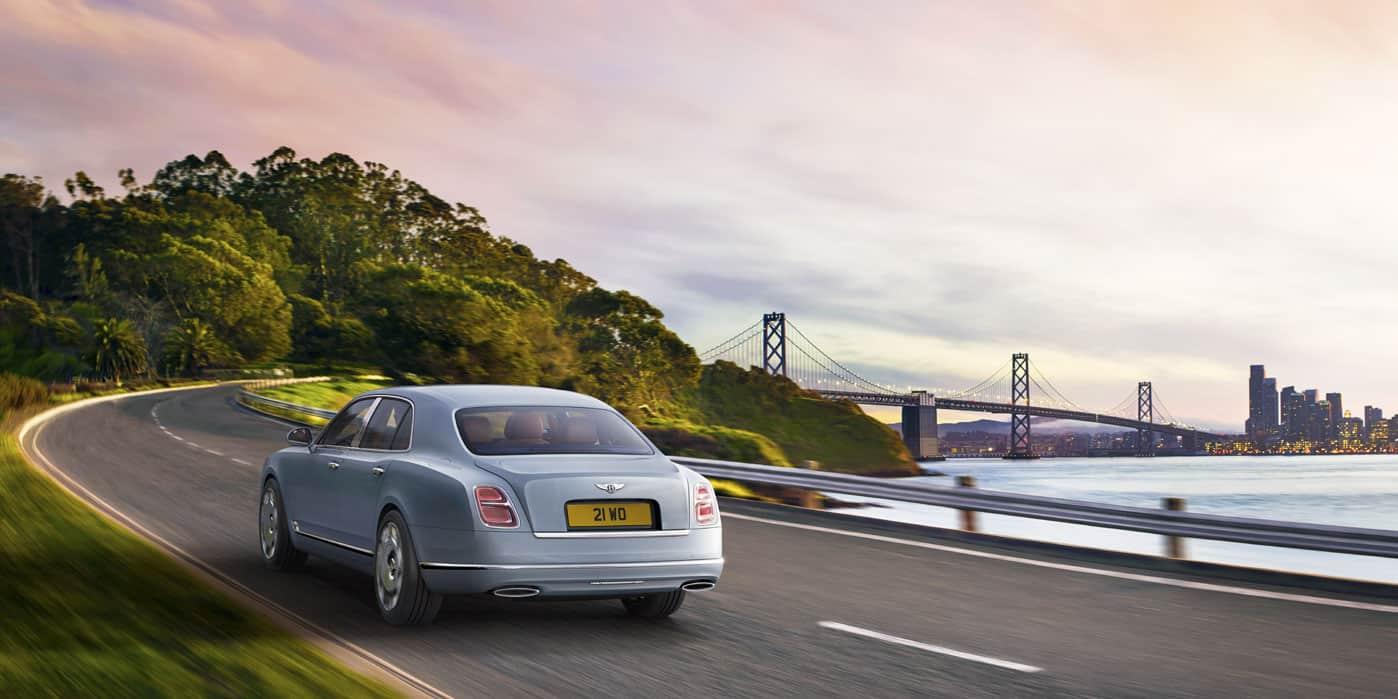 """Bentley actualiza totalmente su versión sedán de lujo """"Mulsanne"""" y ahora luce más imponente"""