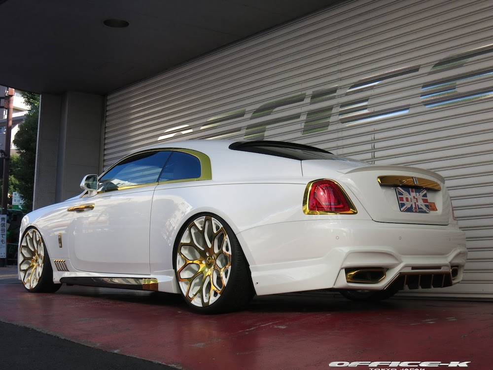 Rolls-Royce Wraith en blanco y ORO modificado Office-K