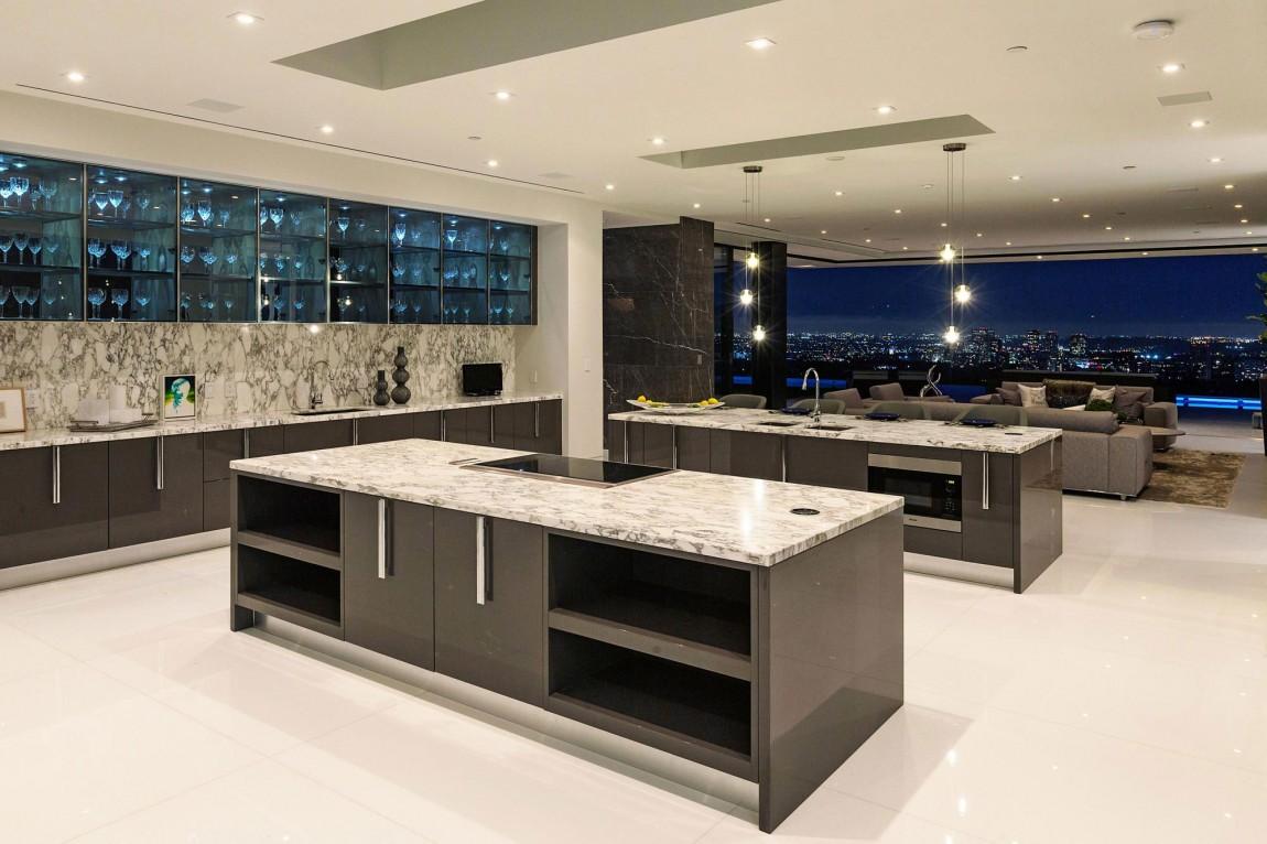 Esta Increíble Mansión Contemporánea En Bel Air Por McClean Design Está A La Venta Por $48,5 Millones