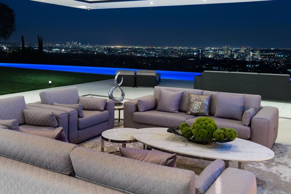 Esta increíble mega mansión contemporánea en el exclusivo Bel Air, California está a la venta por $48.500.000