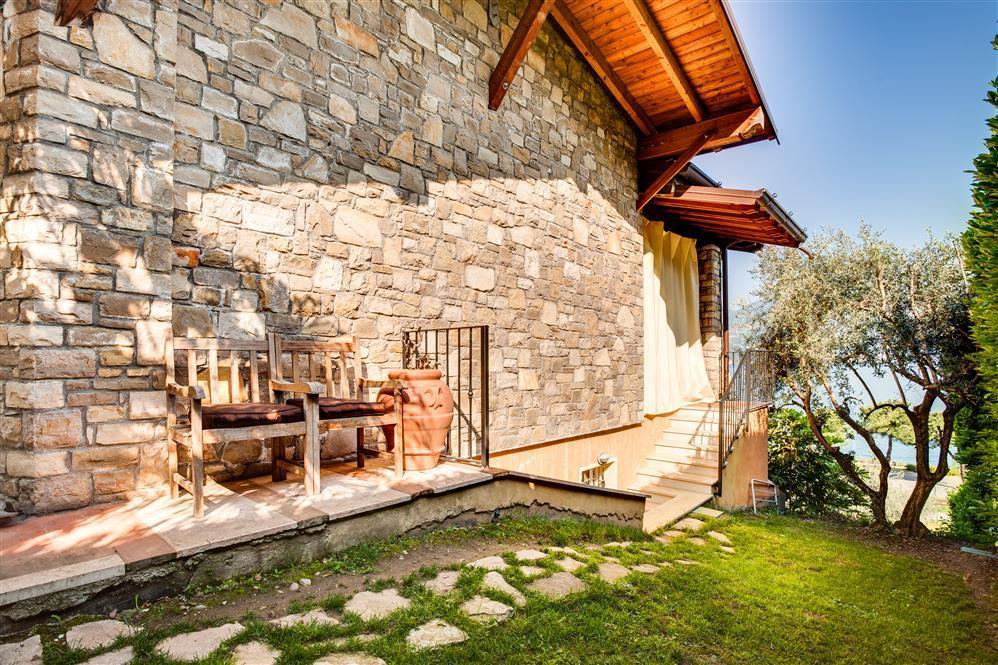 Hermosa Villa Iseo En Italia, Puede Ser Tuya Por €1.4 Millones