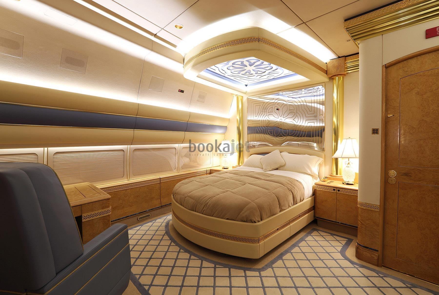jet privado de la familia real de Qatar-1-min-min