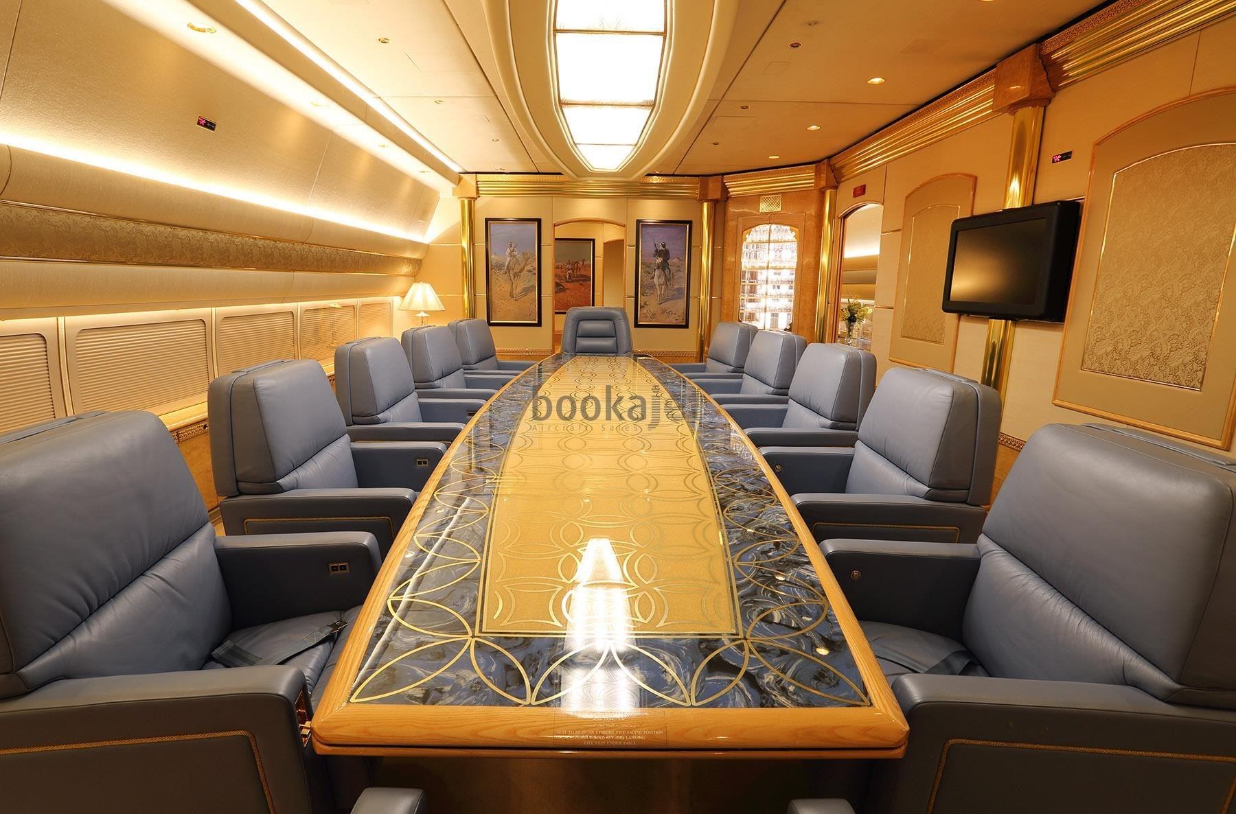jet privado de la familia real de Qatar-2-min-min
