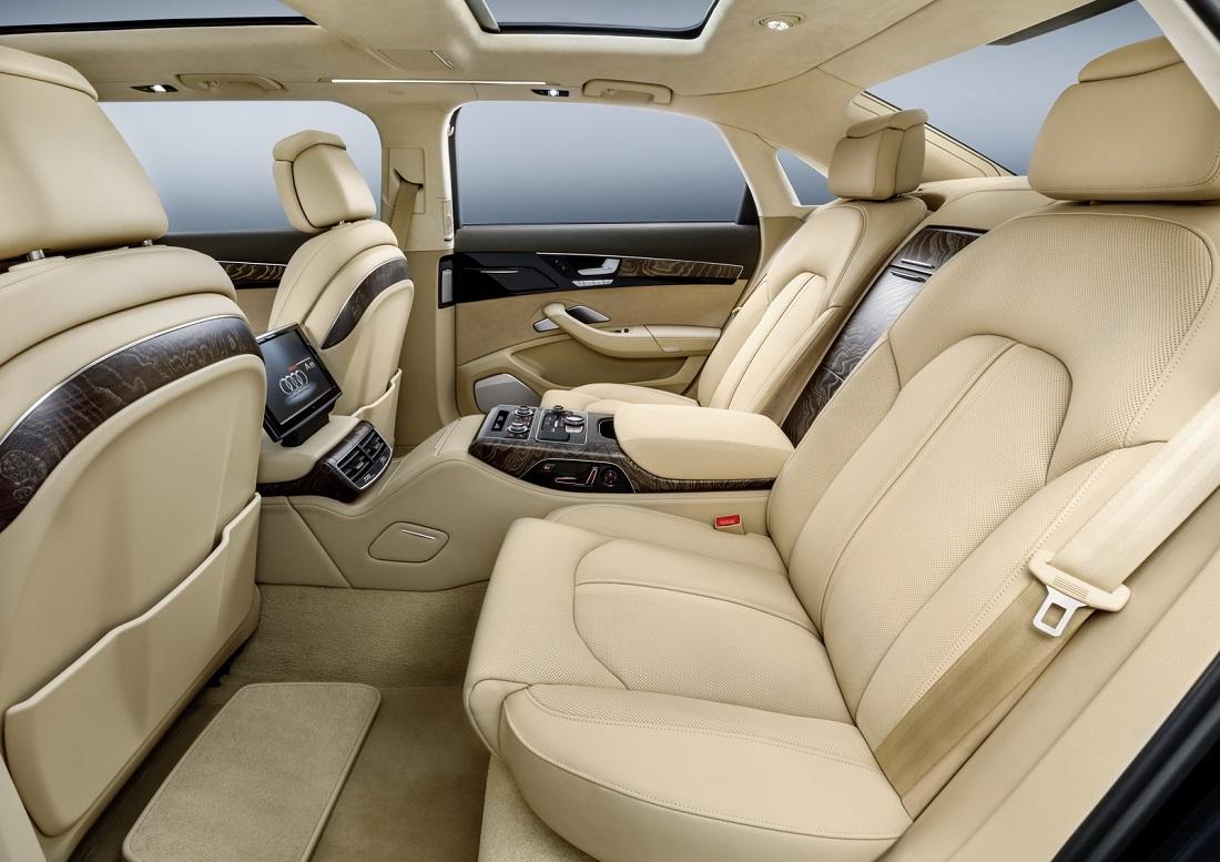 Audi Construyó Un Limusina De Seis Puertas Para Un Cliente Muy Especial