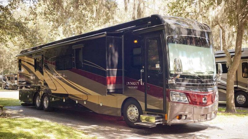 Los 10 Autobuses Más Lujosos Del Mundo