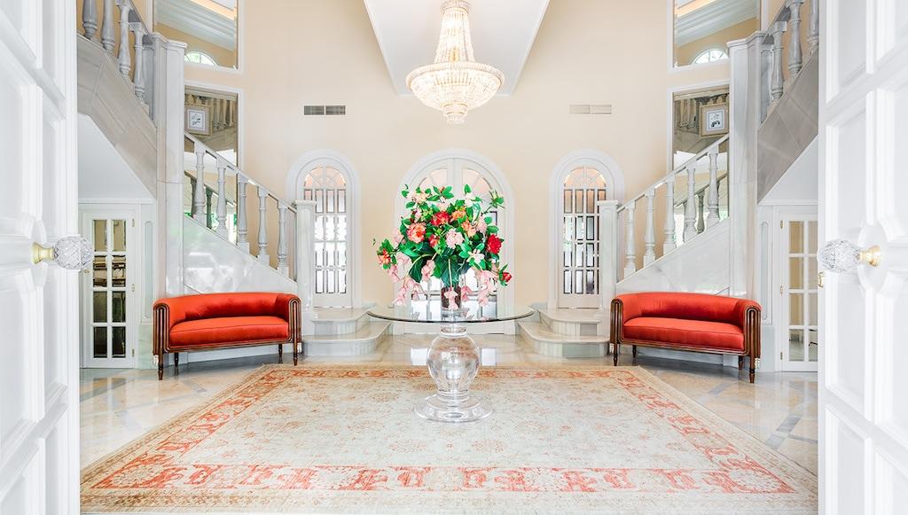 Esta Mega Espectacular Villa En Marbella, Que Perteneció A Prince, Ahora Puedes Comprarla Por $6 Millones