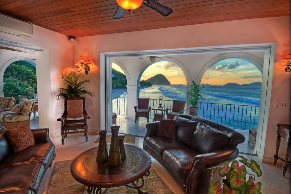 Por $3.9 Millones Villa Sunset Te Da La Bienvenida Al Caribe