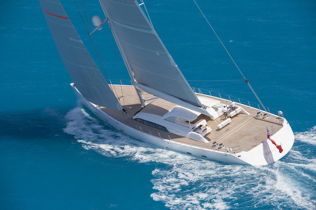 Unfurled: Magnífico velero en el que podrás navegar en máxima comodidad y lujo
