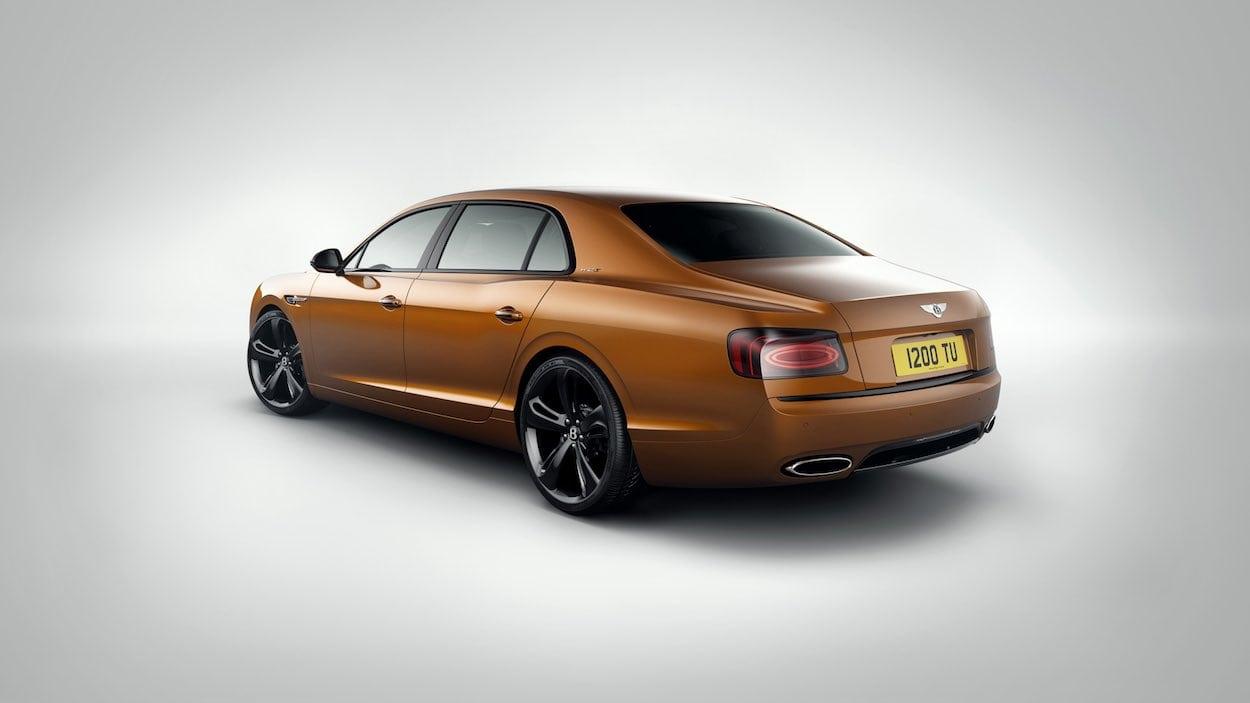 """Con 325 km/h - El """"Flying Spur W12 S"""" es el Bentley de cuatro puertas más rápido jamás fabricado"""