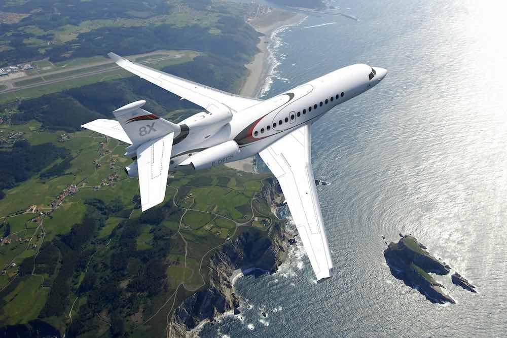 El nuevo súper avión de negocios Falcon 8X está listo para despegar