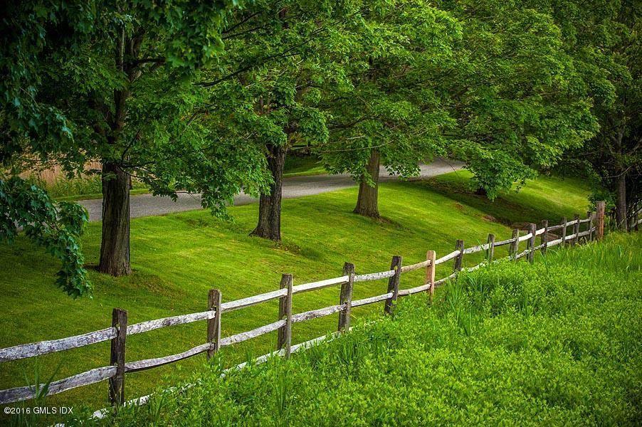 Ponen a la venta esta mega propiedad en su propia isla privada en Darien, Connecticut por $175 MILLONES
