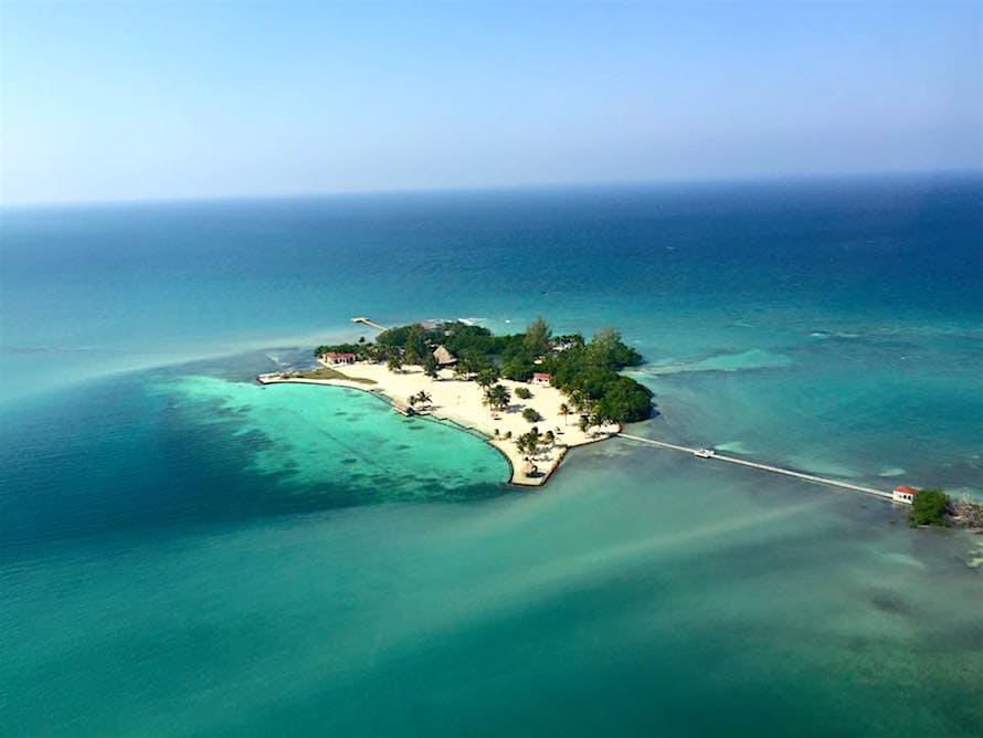 Royal Belize, Belice