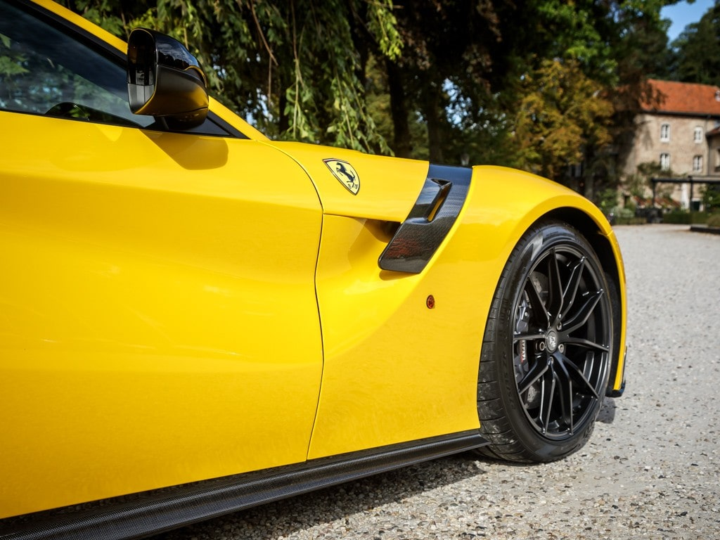 Tu oportunidad de poseer un Ferrari F12tdf a la venta en Holanda por €925,000