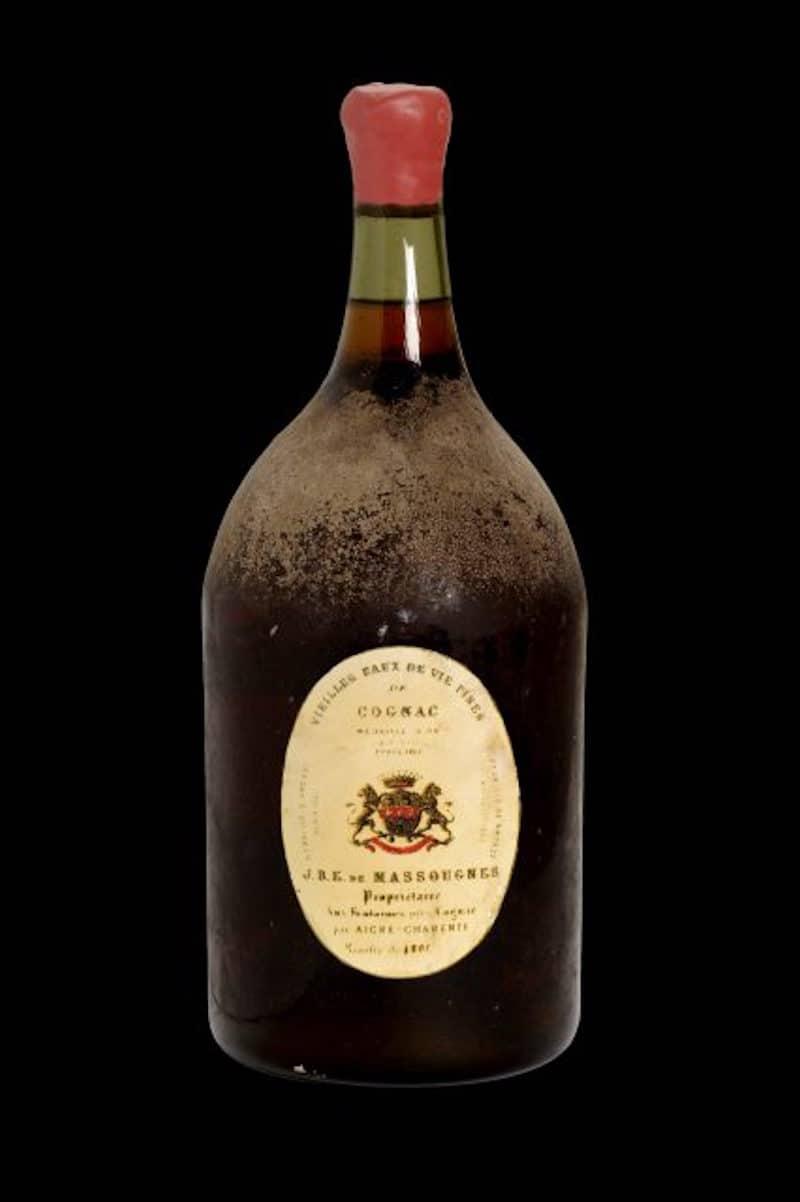 Botella de coñac de 1801 se vende por la impresionante suma de €246.670