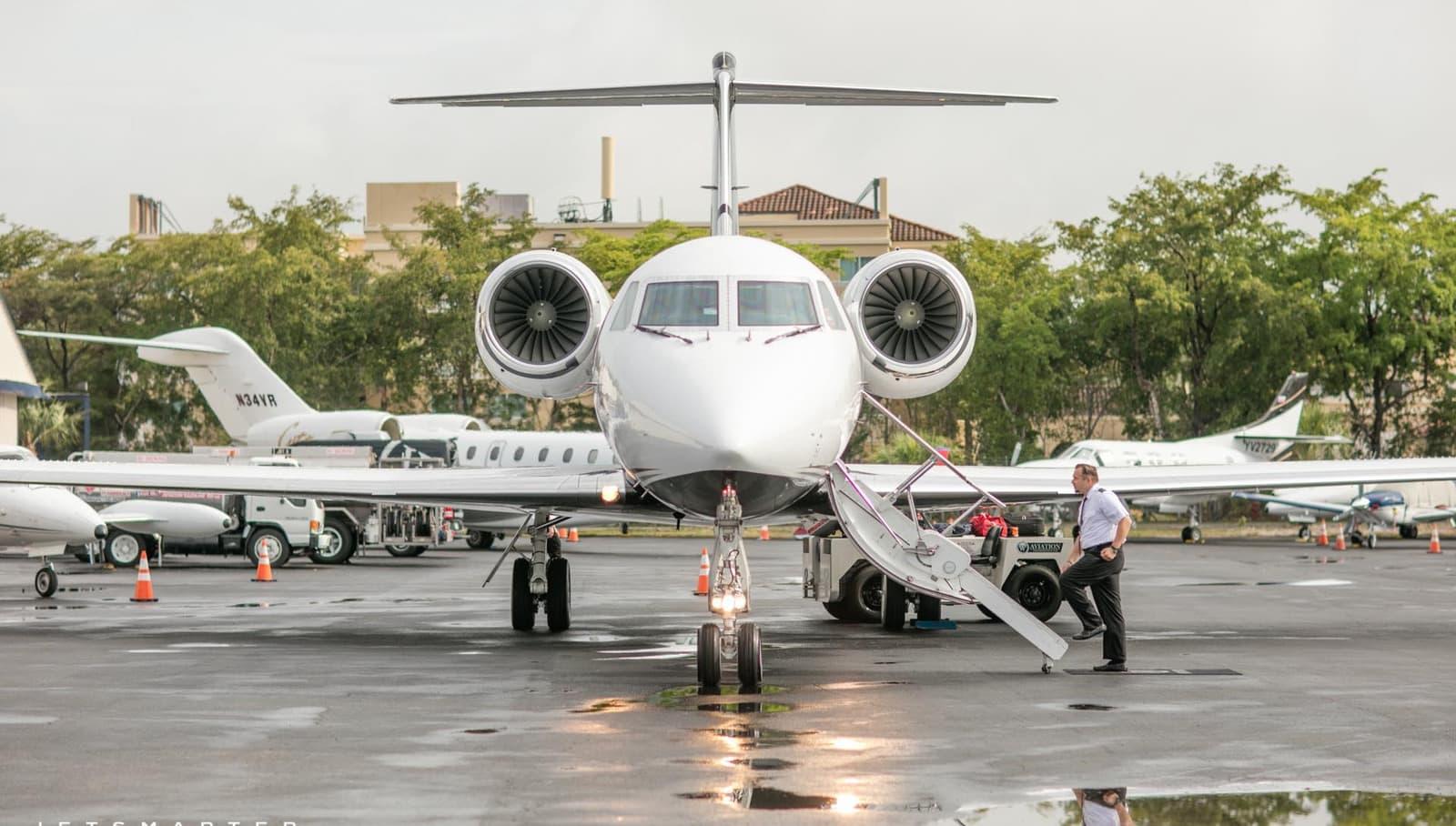 ¡Viaja como una celebridad! JetSmarter lanza su nueva ruta Nueva York-Londres en jets privados de lujo