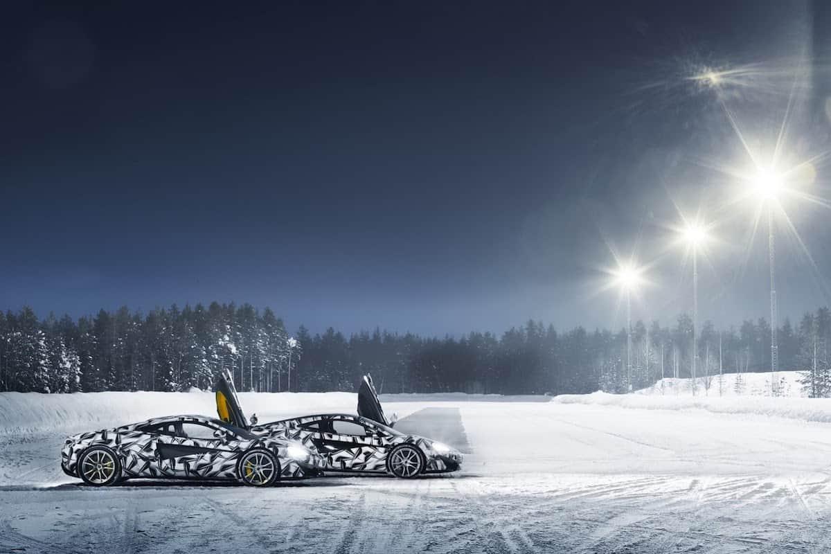 Pure McLaren Experience: Un nuevo programa que te permite conducir un poderoso 570S en el círculo polar ártico
