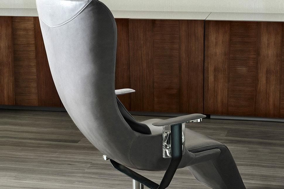 Elysium: Una espectacular silla de $26,000 que desafía a la gravedad… y es muy cómoda