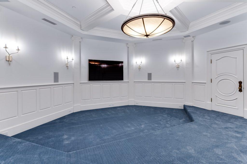 ¡Esta fascinante Villa en Palm Beach es una ganga! A la venta por SOLO $74.5 millones