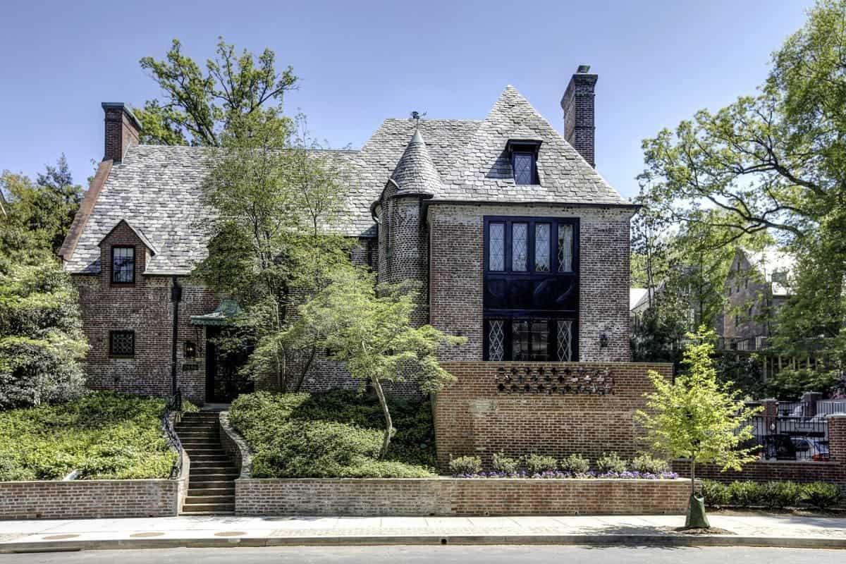 Entra en la lujosa mansión valorada en $5.3 millones en Washington D.C. donde vivirá Barack Obama y su familia una vez dejen la Casa Blanca