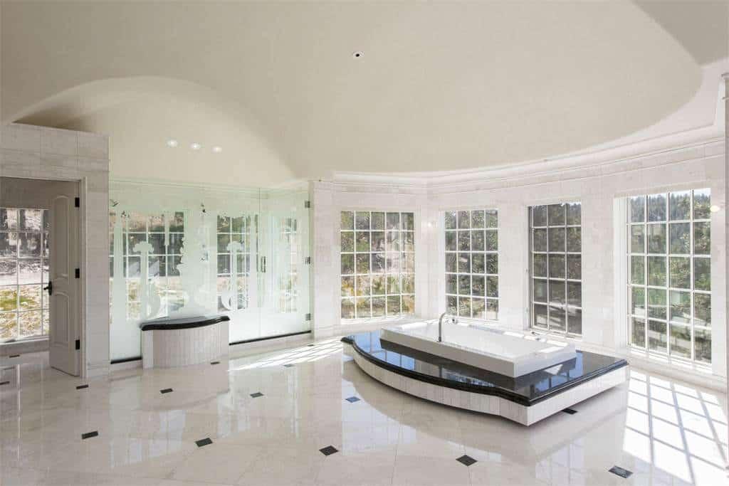 Conoce el espectacular Chateau V en Colorado, un castillo a la venta en $17.5 millones