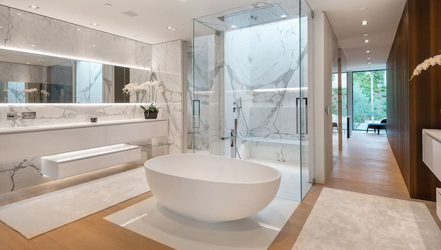 Sale a la venta por $43.9 millones, la mega mansión en Beverly Hills creada por Charles Park