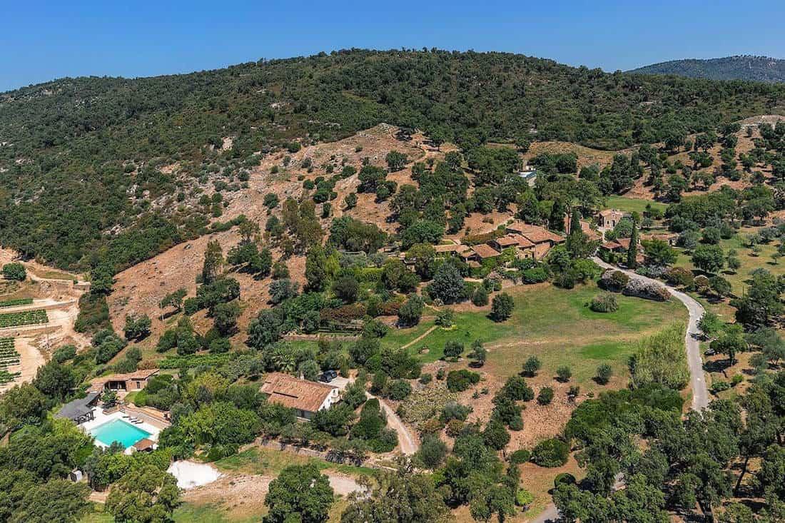 Johnny Depp pone su inmensa propiedad en el sur de Francia a la venta por €50 millones