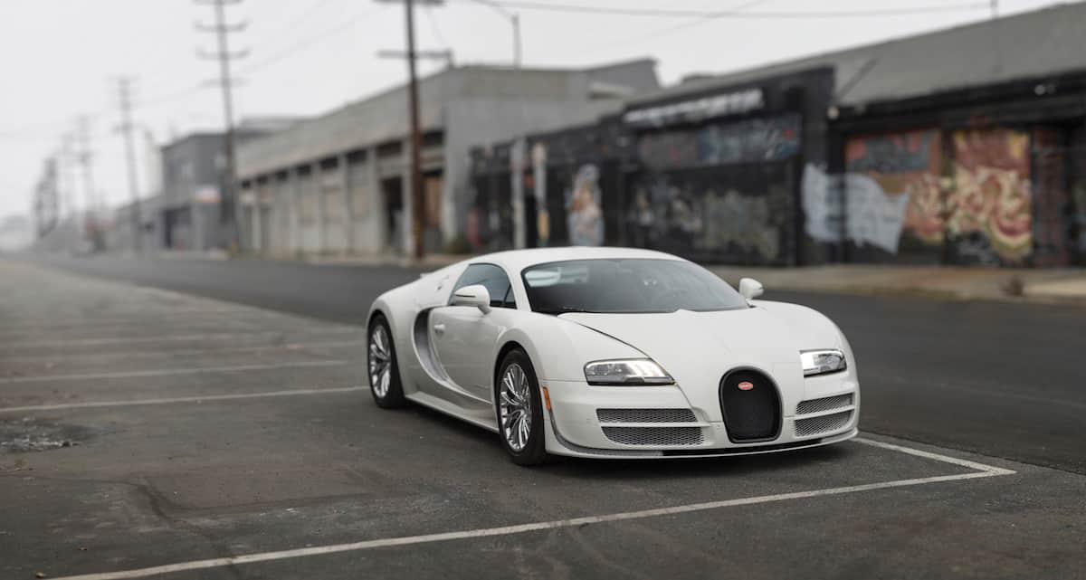 Este Bugatti Veyron 16.4 Coupé - el último fabricado - será subastado el próximo mes