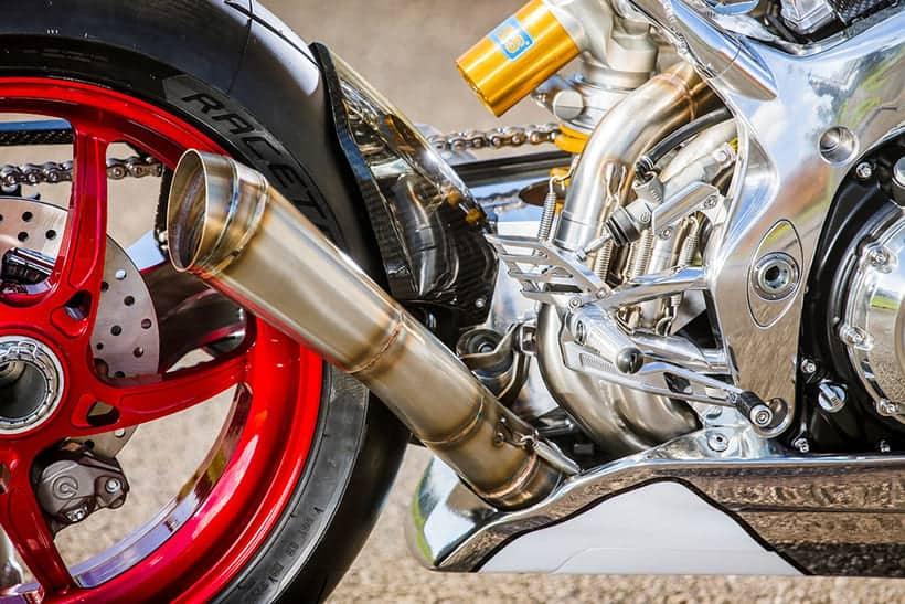 La EXTRAVAGANTE motocicleta Norton V4 RR se roba todas las miradas