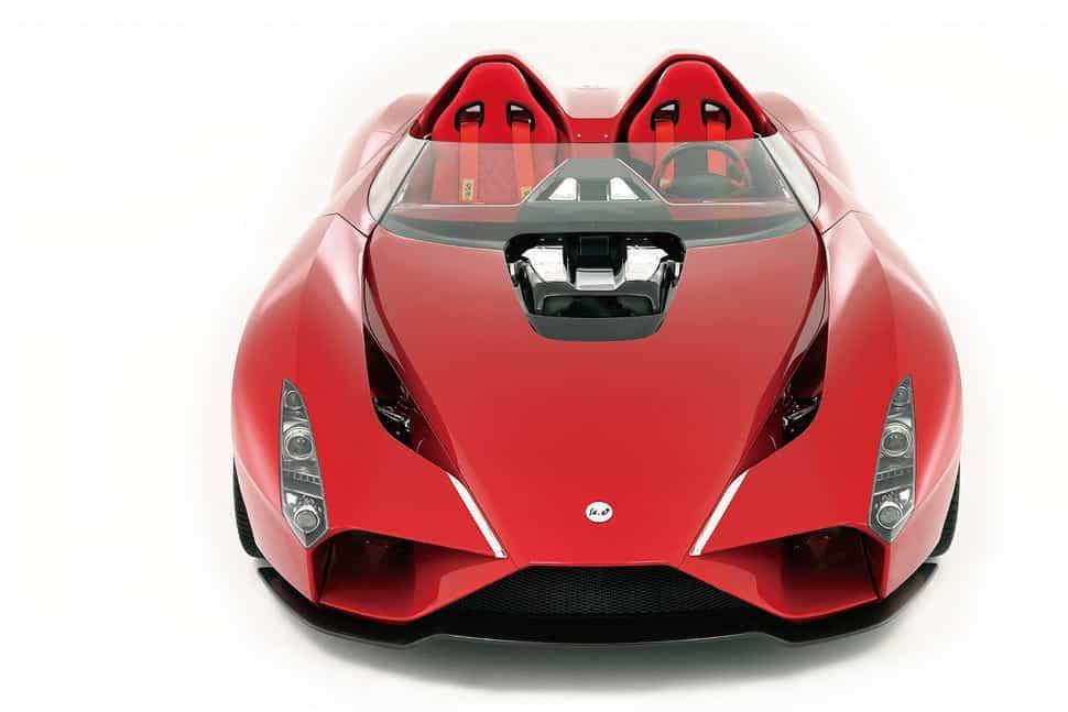 Ken Okuyama presenta el super coche Kode57