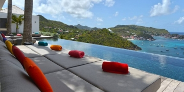 Hermosa villa Utopic en Corossol Beach, Saint Barth por Erea & Architectonik