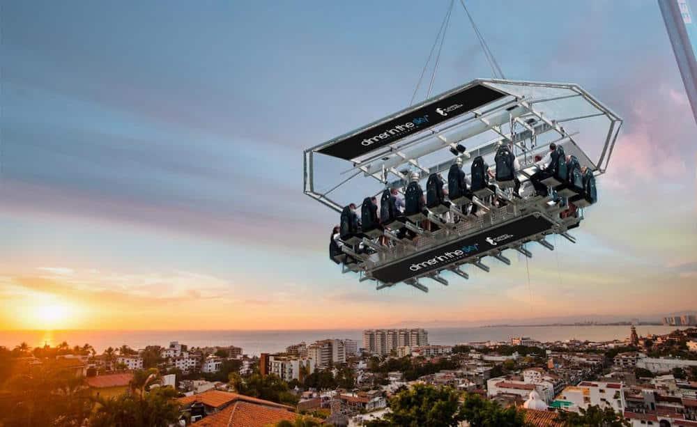 """""""Dinner in the Sky"""" llega a Puerto Vallarta, México"""