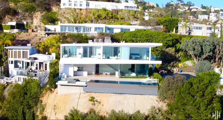 Mansiones modernas perfect las mejores mansiones del for Mansiones lujosas modernas