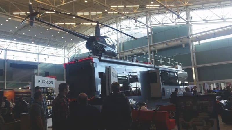 Furrion Elysium es el motorhome más lujoso del mundo con ¡un jacuzzi y un helicóptero!