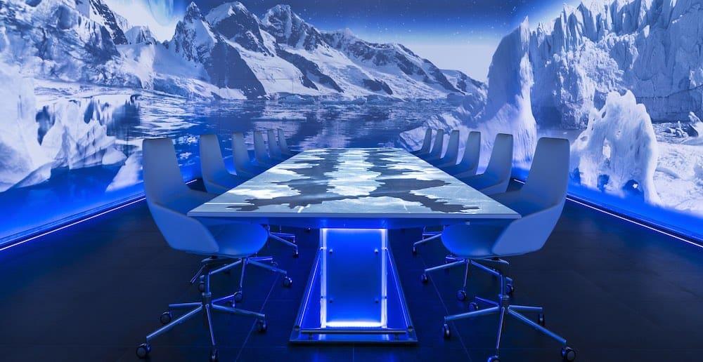 Sublimotion: Entra al restaurante más caro del mundo
