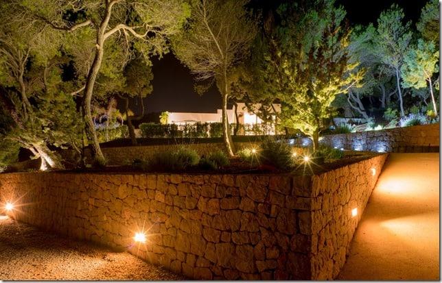 Can Morna: A la venta esta MEGA VILLA de lujo en Ibiza con vista de 360° hacia toda la isla