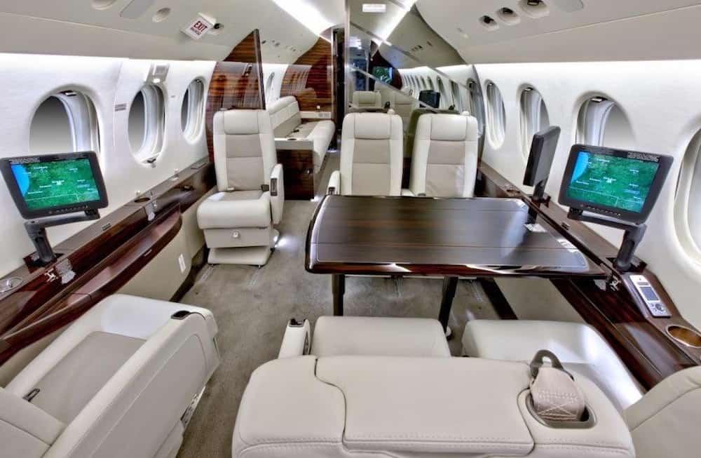 Dassault Falcon 7X: Chequea el lujoso interior de este avión privado, a la venta en James Edition