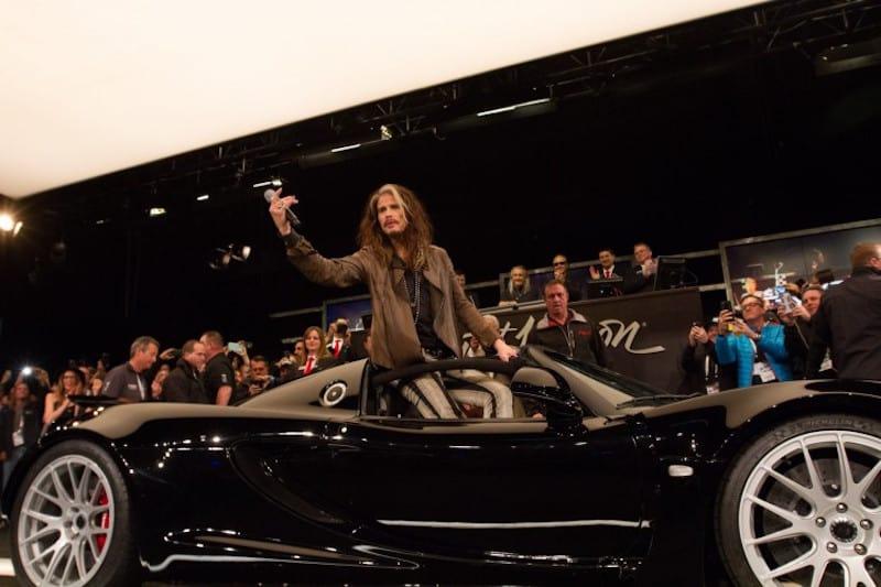 Vendido por $800.000 el Hennessey Venom GT Spyder de Steven Tyler