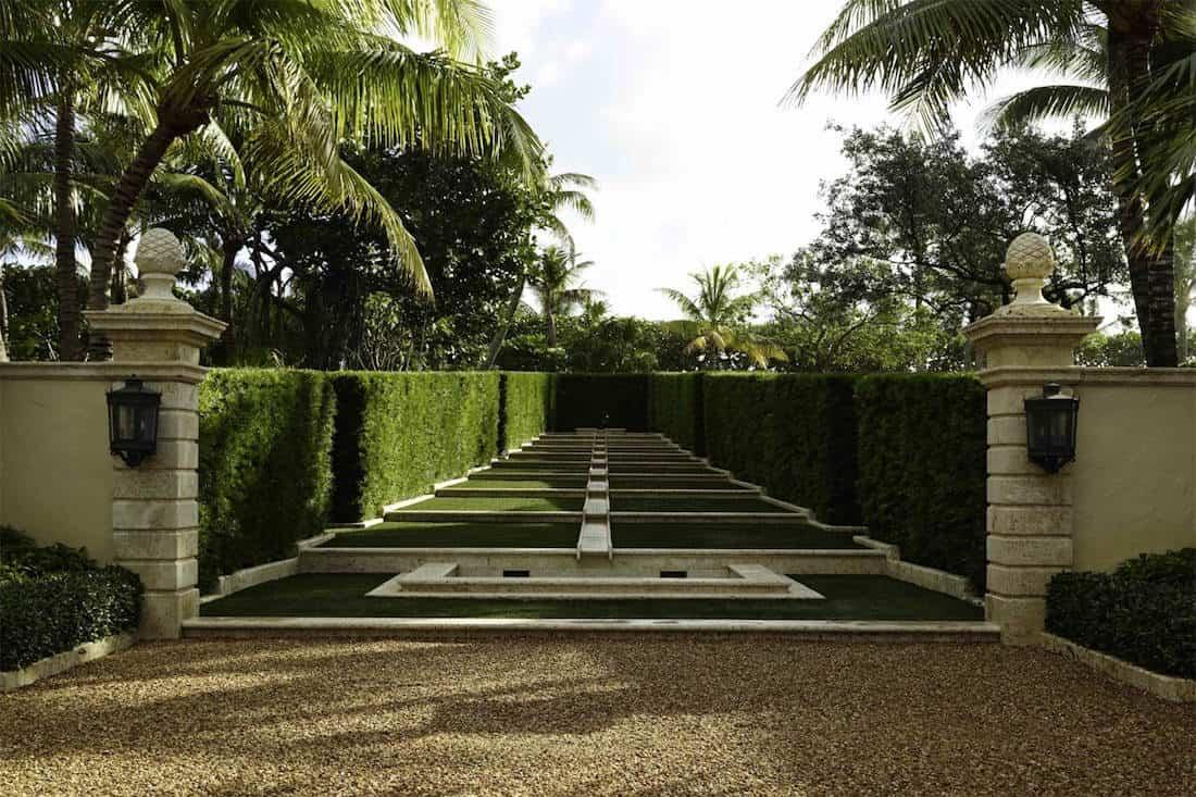 Il PALMETTO: Multimillonario de la Internet, Jim Clark, pone su mega propiedad en Palm Beach, Florida a la venta por $137 millones