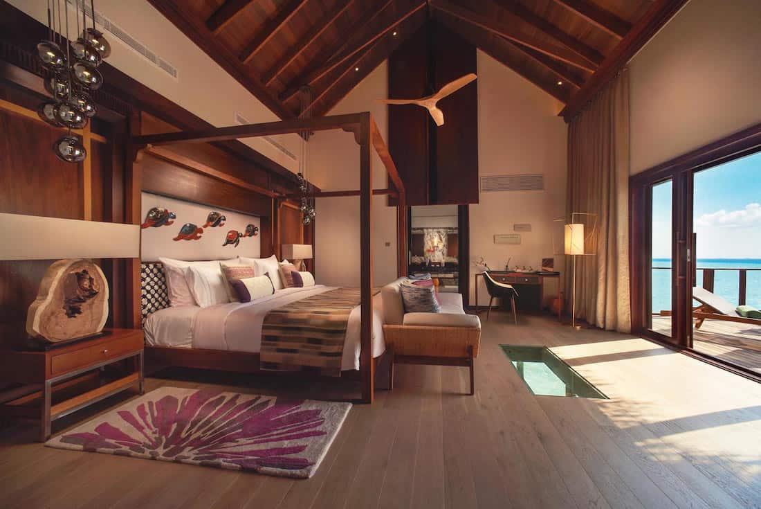 """¡Simplemente el MEJOR! Resort de lujo en Maldivas, OZEN, presenta nueva suite """"Sobre el Mar"""""""