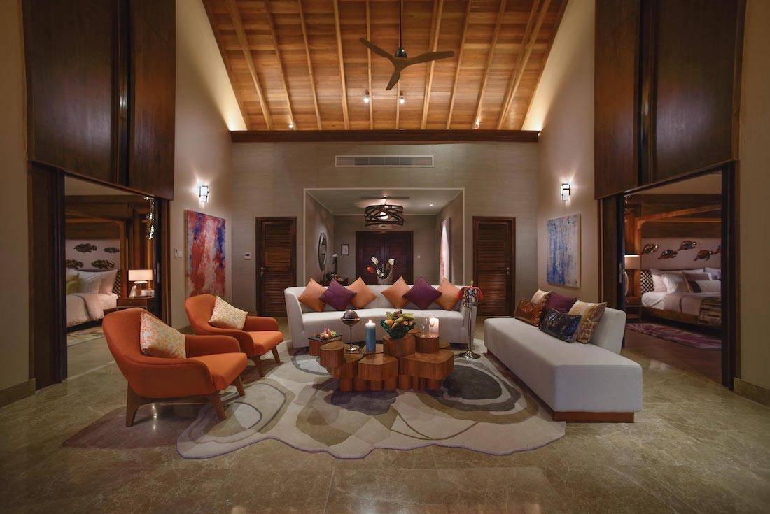 ¡Simplemente el MEJOR! Resort de lujo en Maldivas, OZEN, presenta nueva suite sobre el mar
