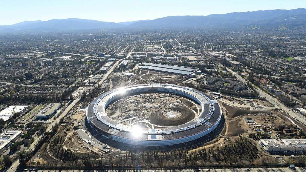La GIGANTESCA casa matriz de Apple en Silicon Valley
