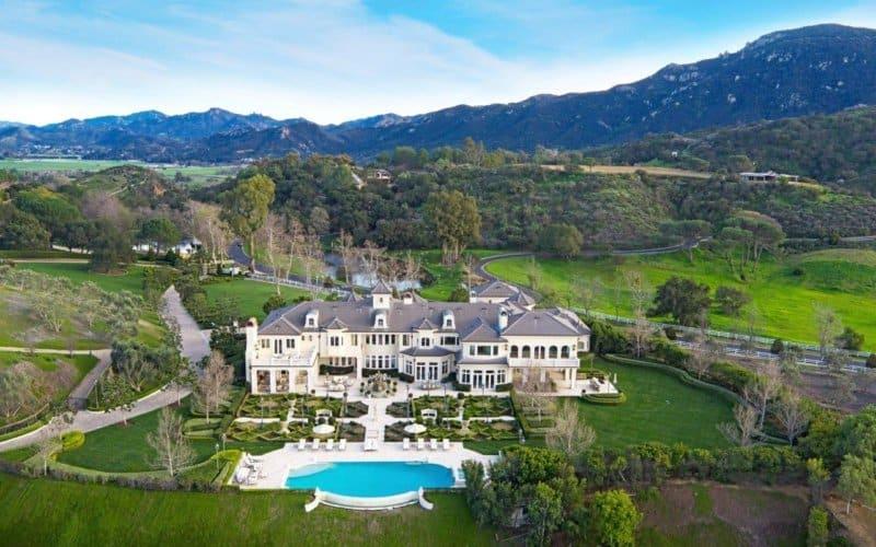 Hermosa mega propiedad estilo francés en Thousand Oaks, California esta a la venta por $18.9 millones