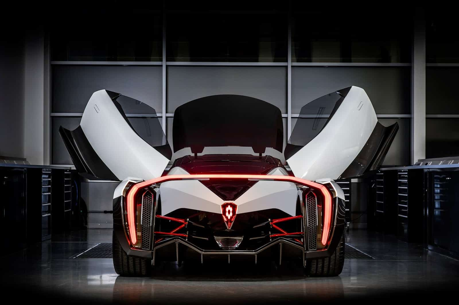"""Vanda Electric presentó el primer súper coche eléctrico """"Dendrobium"""" de 1.500 caballos de fuerza en Ginebra"""