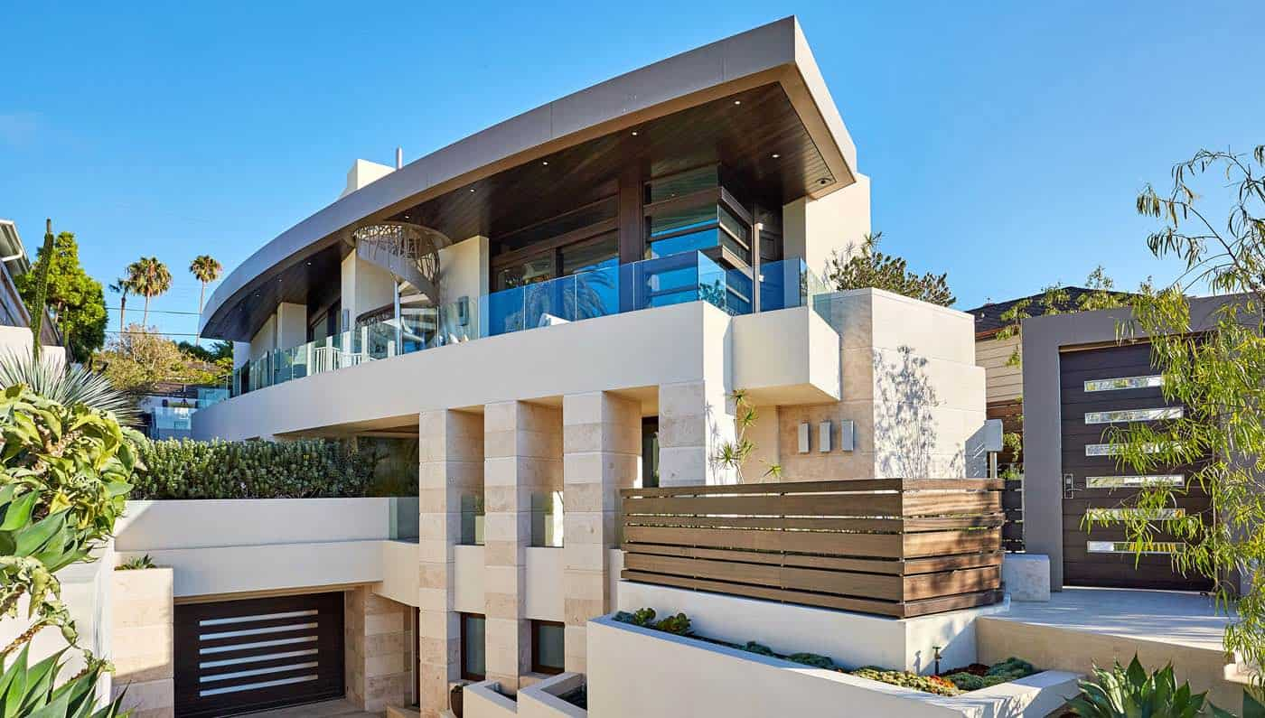 ¡Espectacular! Esta mansión de $8.8 millones ofrece un garaje con plataforma giratoria para automóviles