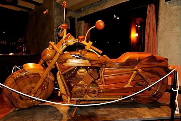 Ezpel Motor: Piezas únicas de madera para los amantes del mundo del motor