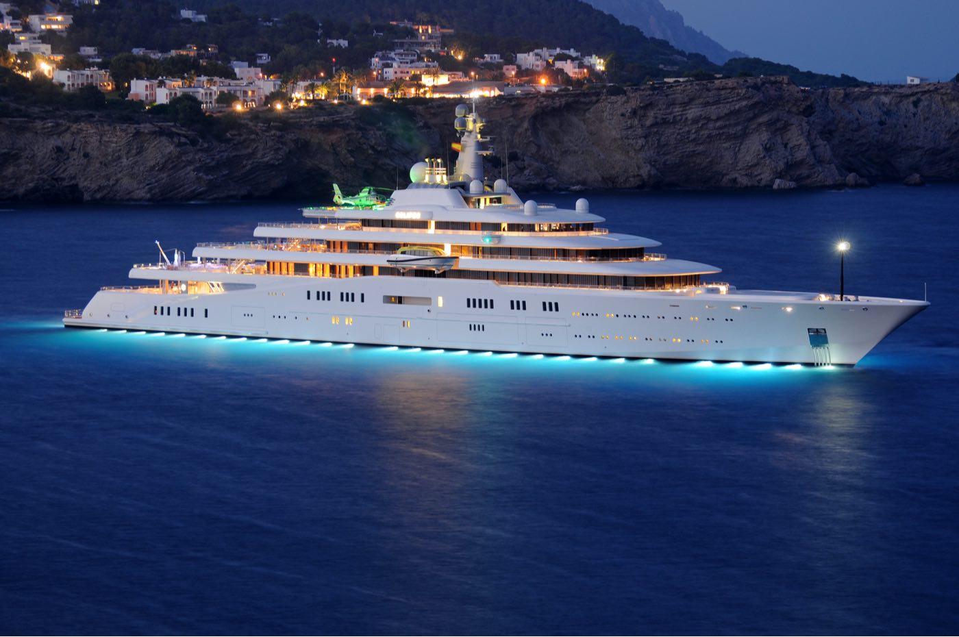 16 opulentos y extravagantes lujos que solo los mega multimillonarios pueden permitirse
