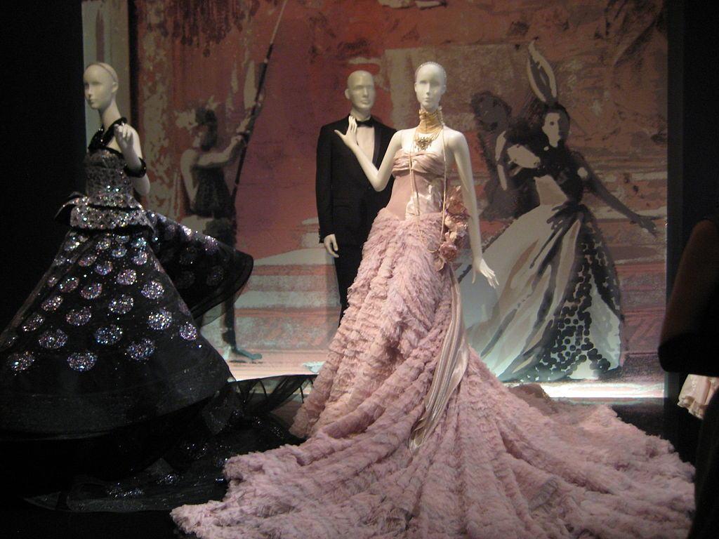 LVMH se apodera de Christian Dior, por la exorbitante cifra de 13.1 mil millones