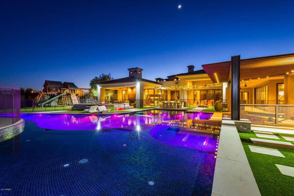 Andre Ethier, beisbolista de los Dodgers, pone a la venta su mega palacio en Arizona por $5 millones